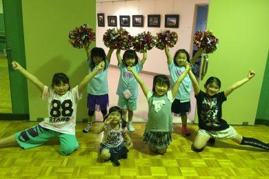4月 LOICX☆チアダンススクール横浜若葉台校 爪先伸びて綺麗に