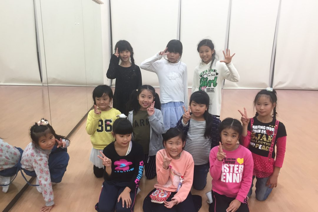 12月 LOICX☆チアダンススクール 津島